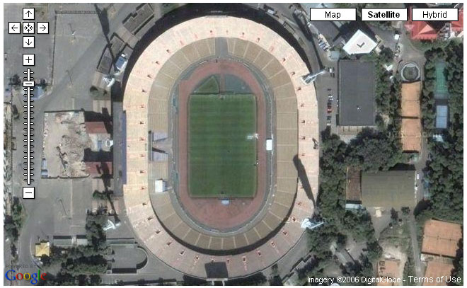 Формой стадион напоминает.